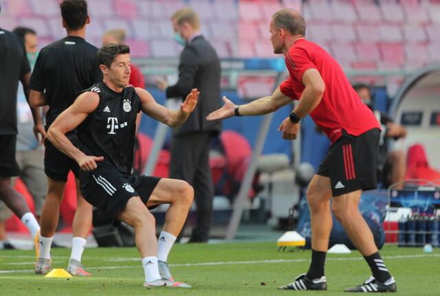 PSG - Bayern Monachium: transmisja online w Internecie. Gdzie relacja? | Eurosport w TVN24    - Piłka nożna - TVN24