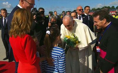 Papież Franciszek na lotnisku w Dublinie