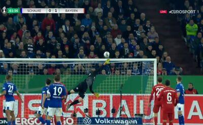 Piękny strzał, ale bez gola. Coutinho obił poprzeczkę