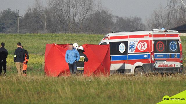 Wiatrakowiec rozbił się na lotnisku  pod Warszawą. Nie żyją dwie osoby
