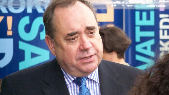 Były szef szkockiego rządu przed sądem. 14 zarzutów, w tym próba gwałtu