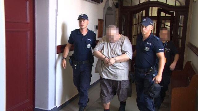Ksiądz stanie przed sądem, jest oskarżony o molestowanie kilkunastu nieletnich