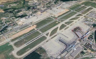 Samolot lądował awaryjnie na lotnisku w Moskwie