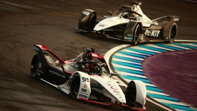 Dramat kierowcy w Formule E. Dojechał pierwszy, nie wygrał
