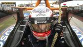 Magnussen musiał pomóc marshallom w odholowaniu swojego samochodu