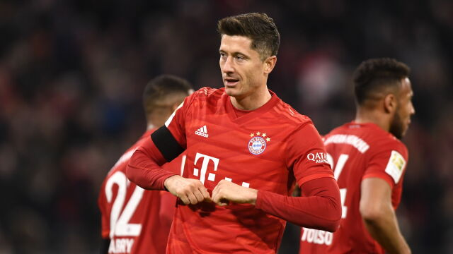 Bohater Lewandowski. Strzelił dwa gole i uratował Bayern przed kompromitacją