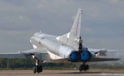 Rosyjskie bombowce Tu-22M zrzucają bomby na Syrię