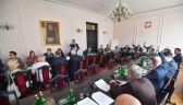 """Gorące posiedzenie sejmowej komisji. Pawłowicz o """"chamstwie lewackim"""" i """"mordzie"""""""