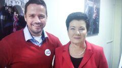 Rafał Trzaskowski z Hanną Gronkiewicz-Waltz po ogłoszeniu wyników referendum o odwołanie obecnej prezydent Warszawy.