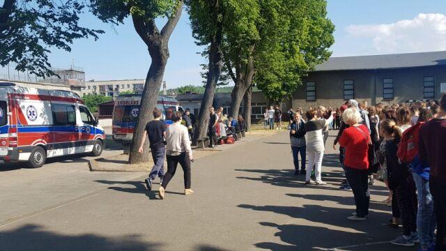 Ewakuacja szkoły podstawowej w Wejherowie, 17 dzieci w szpitalu