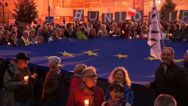 """""""Unio, nie odpuszczaj"""". Manifestacje w obronie sądownictwa"""