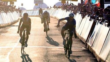 Wielkie emocje na drugim etapie Tour de Pologne. Kwiatkowski w czołówce