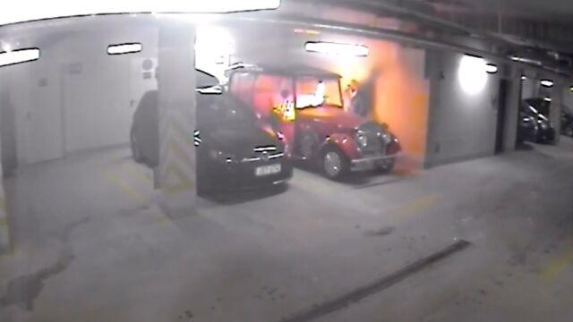 Zakradł się do garażu, podpalił nietypowego meleksa. Nagranie