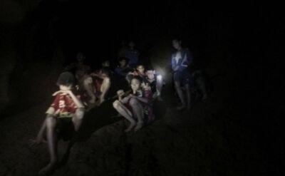 Chłopcy odnalezieni żywi w jaskini. Armia pokazała nagranie