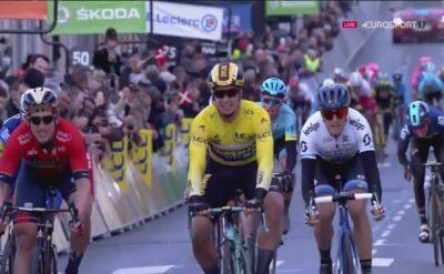 Groenewegen wygrał 2. etap Paryż - Nicea, Kwiatkowski wiceliderem