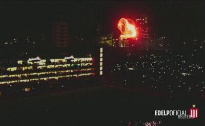 Płonący lew otworzył stadion w La Placie