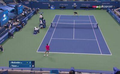Dyskusja Daniiła Miedwiediewa z sędziami meczu z Dominikiem Thiemem