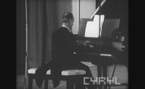 """""""Polonez A-dur"""" Chopina w wykonaniu Poznańskich Słowików"""