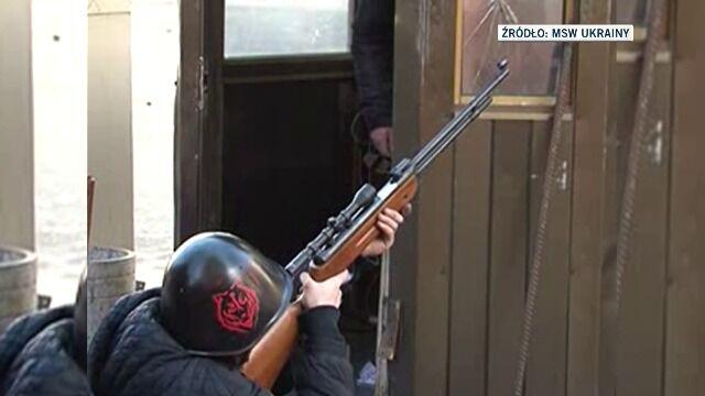 MSW Ukrainy twierdzi, że to demonstranci używają broni palnej
