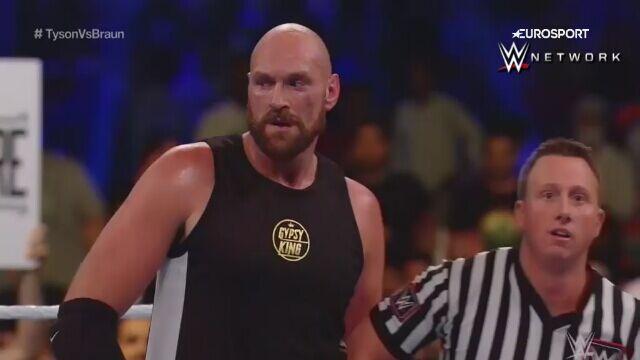 Zwycięski debiut Tysona Fury'ego we wrestlingu
