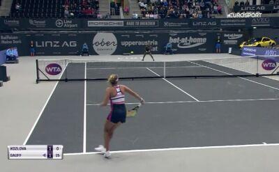 Skrót meczu Gauff - Kozłowa na WTA Linz