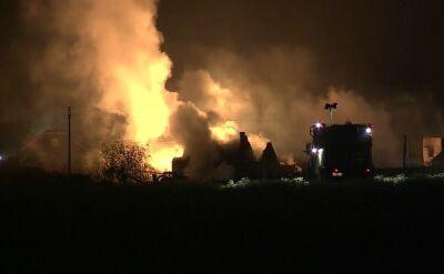 Akcja strażaków w Jankowie Przygodzkim może potrwać do rana