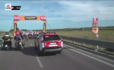 Wielka kraksa 45 km przed metą 7. etapu Giro d'Italia