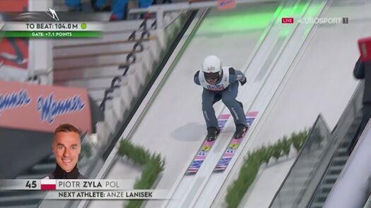 Skok Piotra Żyły w 1. serii konkursu na małej skoczni podczas MŚ w Oberstdorfie