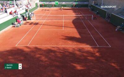 Smecz we własne pole w meczu tenisowym