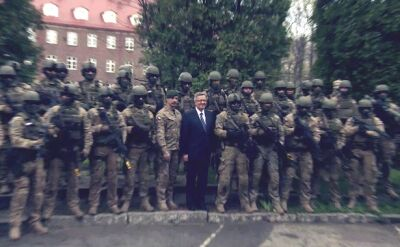 Prezydent z wizytą u żołnierzy sił specjalnych. Chwali drony