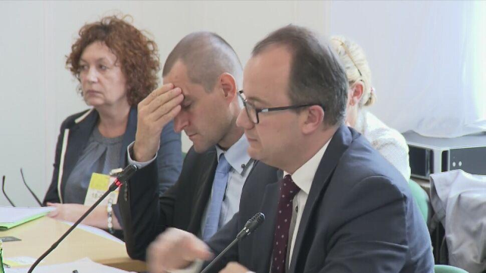 """""""Pan realizuje misję polityczną"""". Piotrowicz przerywa Bodnarowi i kończy obrady"""