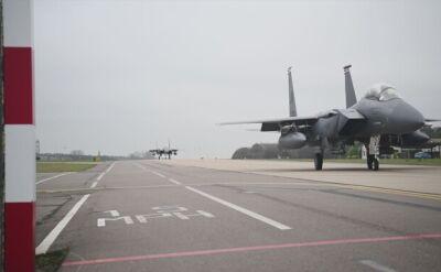 Amerykańskie myśliwce F-15E Strike Eagle w drodze do Polski