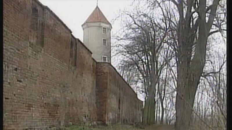 Poszukiwania Bursztynowej Komnaty w Pasłęku - materiał Faktów TVN z 1998 roku