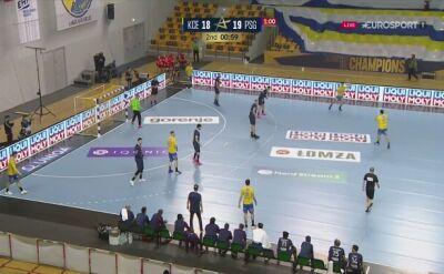 Efektowna akcja Igora Karacicia w meczu Łomża Vive Kielce - PSG