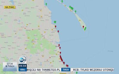 Sinice w Bałtyku, nadal kilkanaście plaż zamkniętych (wideo z 30.07.2018)