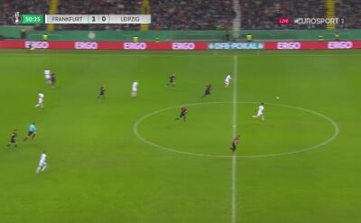 Filip Kostić podwyższył na 2:0 dla Eintrachtu