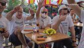 Polscy i hiszpańscy kibice bawią się w Sewilli