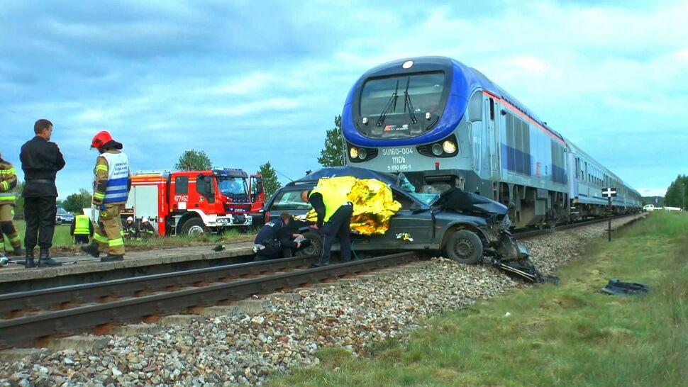 Samochód wjechał wprost pod pociąg. Przeżył tylko 11-letni chłopiec