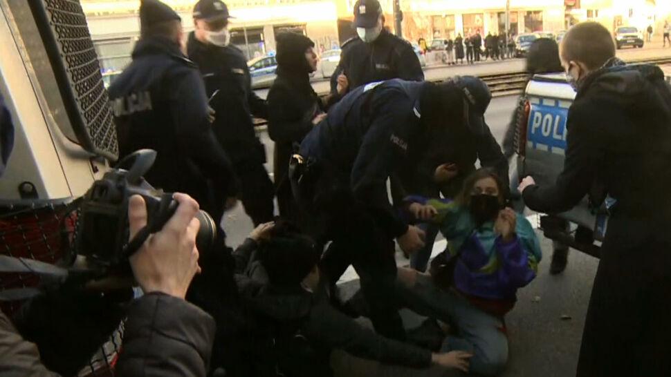 Interwencje policji podczas Strajku Kobiet. Jest raport RPO i ocena samej policji