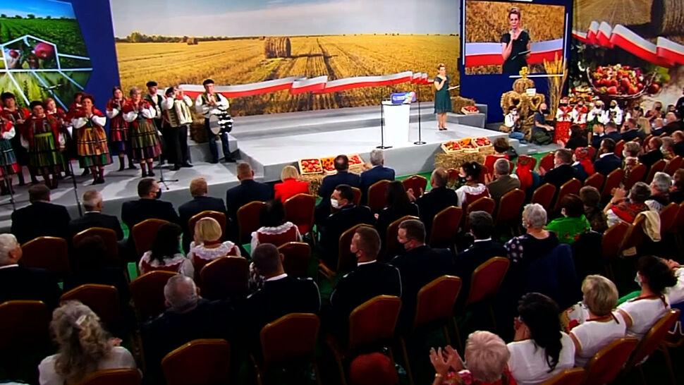 Jarosław Kaczyński nazwał się reprezentantem polskiej wsi. Rolnicy z Agrounii mają inne zdanie