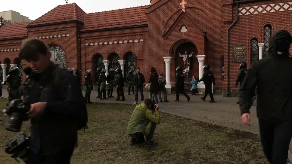 Białoruscy i zagraniczni dziennikarze zatrzymani po proteście w Mińsku. Wśród nich Andrzej Zaucha