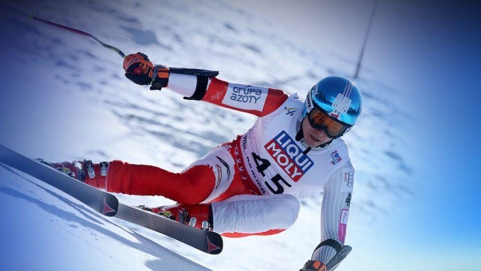 Najlepszy polski narciarz alpejski trenuje za granicą. Działacze w Polsce skąpią pieniędzy, sportowiec robi zbiórkę… w sieci