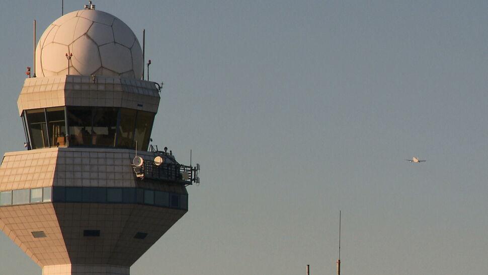 Protest kontrolerów lotów z Lotniska Chopina. Rozstrzygające spotkanie w czwartek