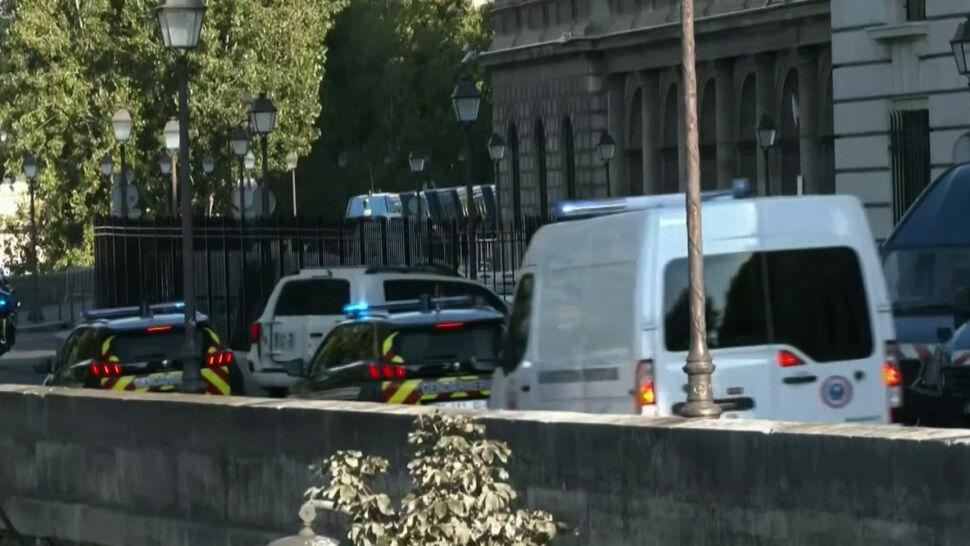Minęło prawie 6 lat od zamachów w Paryżu. Zamachowiec, który przeżył, stanął przed sądem