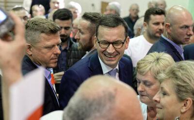 Dyrektor kandyduje z PiS, wicedyrektor obiecywał piątki za spotkanie z premierem