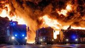Ogromny pożar i niebezpieczna chmura toksyn. Trwa akcja gaśnicza w Zgierzu