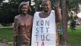 Policja przeszukała dom o 6:30. Bo założył koszulkę z napisem KONSTYTUCJA na pomnik Lecha Kaczyńskiego