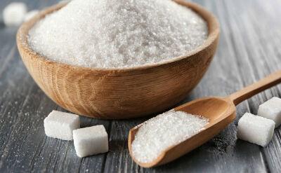 """Słodki i poważny problem. Rośnie spożycie cukru, """"chorują wszystkie narządy"""""""