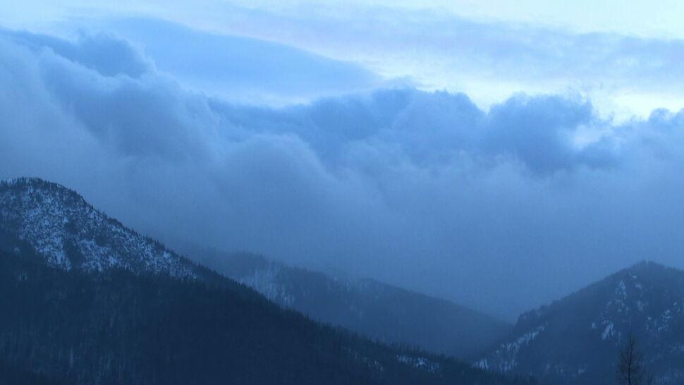 Silne wiatry i zagrożenie lawinowe w górach
