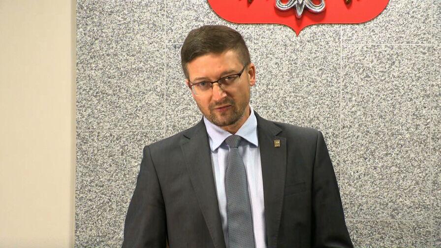 """""""Smutne skojarzenie"""" z PRL. Prawnicy w obronie sędziego Pawła Juszczyszyna"""